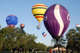 2009 balloon race 120